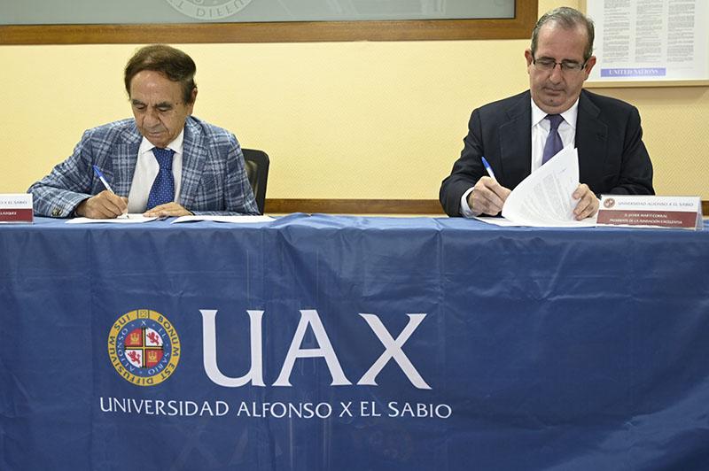 presidente uax y presidente fundacion excelentia firman convenio
