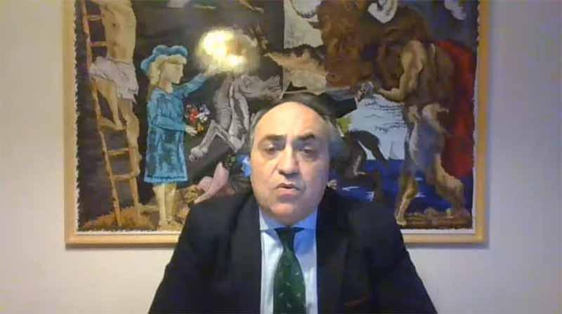 conferencia uax one health de luis alberto calvo presidente ocv